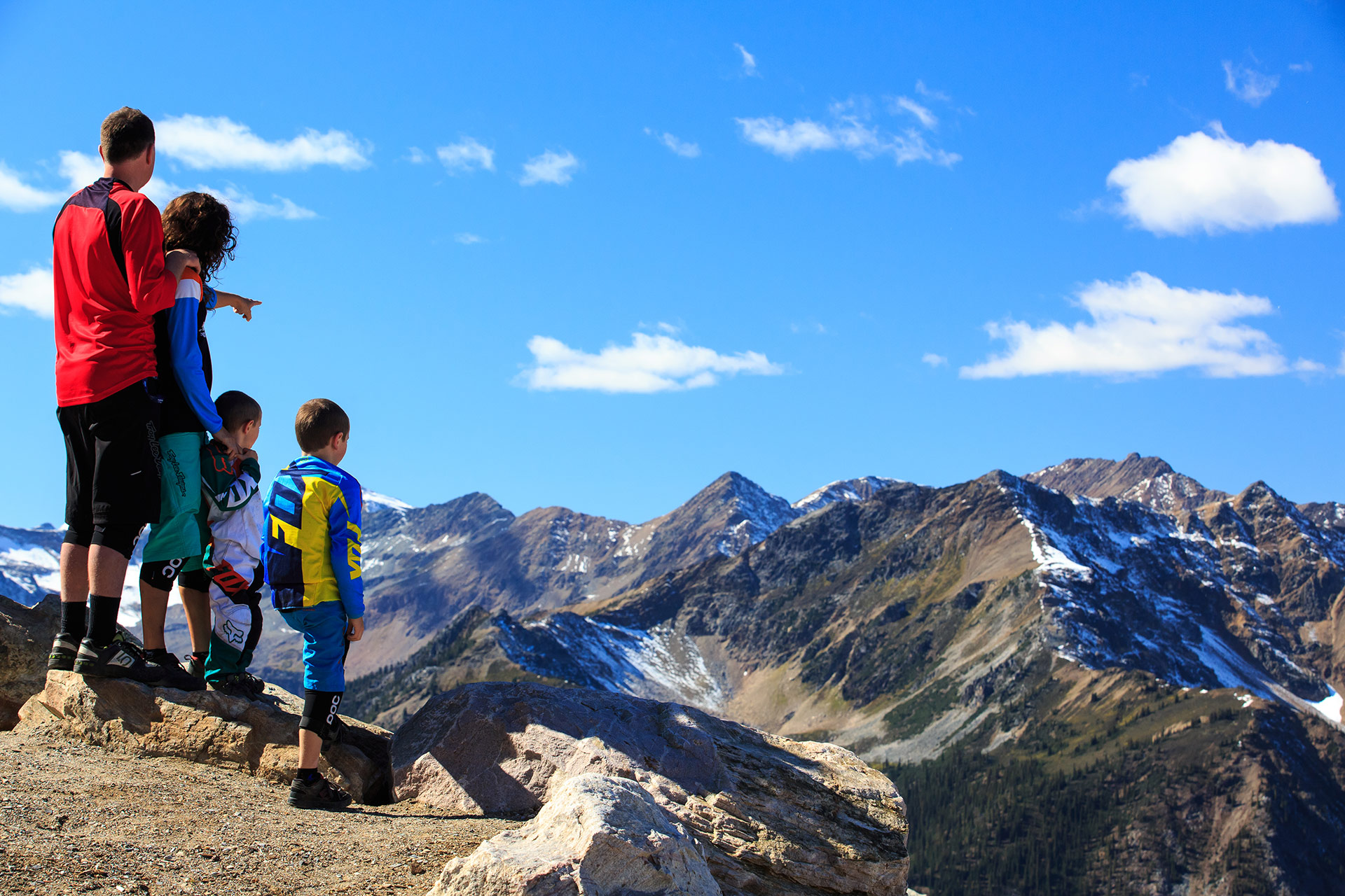 Resorts Of The Canadian Rockies Experience The Ultimate